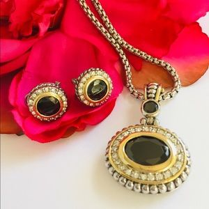 Stunning statement necklace and earrings set